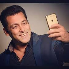 sallu with iphone
