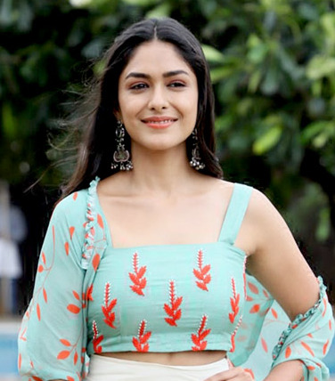 Photo ofMrunal Thakur