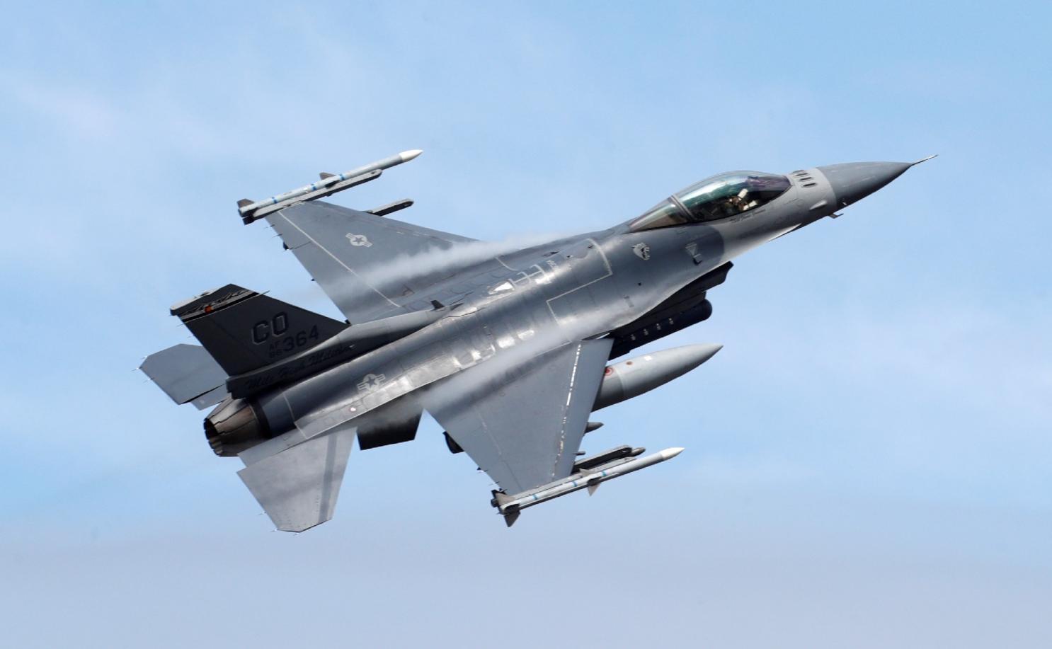 F-16 images