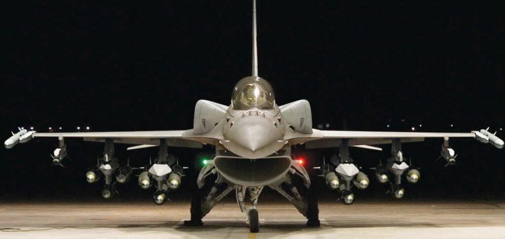 Falcon F 16 image