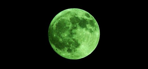 Green Moon Rare Images 2018