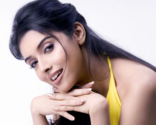 Asin Thottumkal Biography
